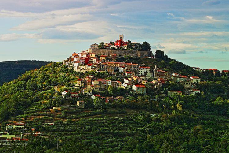 Motovun – miasto na wzgórzu